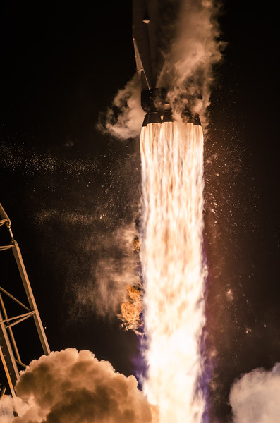 Falcon 9: Hispasat 30W-6