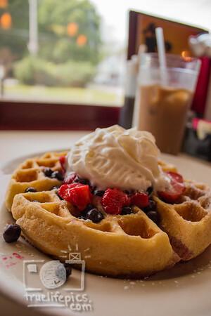 Breakfast at Stephanies 6 6 15 (6)