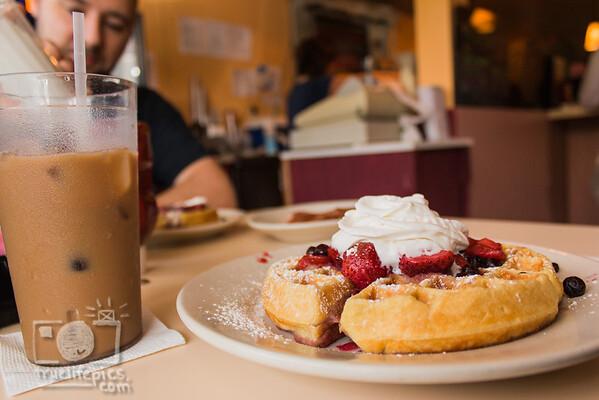 Breakfast at Stephanies 6 6 15 (8)