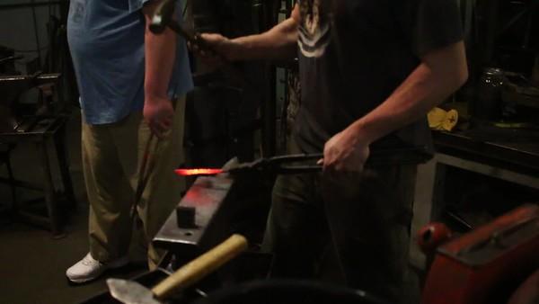 20190222 Hooked on Blacksmithing (2)