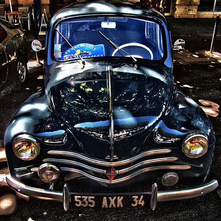 "La ""4 Pattes"" Renault 4CV - FR 1947"