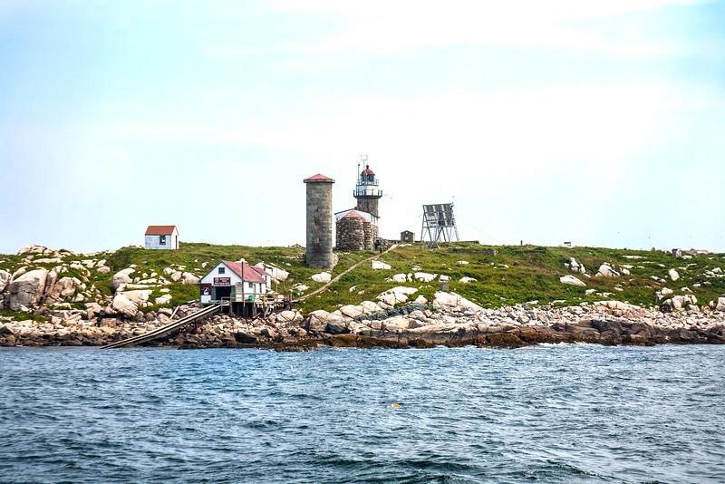 The Present Mantincus Lighthouse