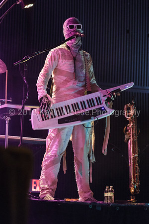 Here Come the Mummies - 19