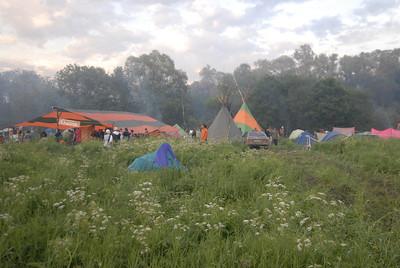 070611 6494 Russia - Moscow - Empty Hills Festival _E _P ~E ~L