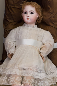 The doll featured in the portrait of Agatha Christie as a child.