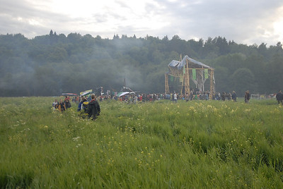 070611 6483 Russia - Moscow - Empty Hills Festival _E _P ~E ~L