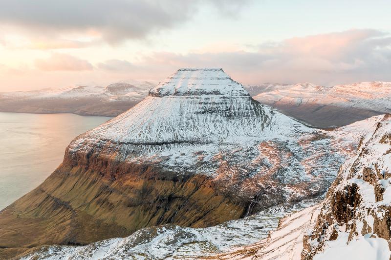 Mount Skælingur covered in snow.