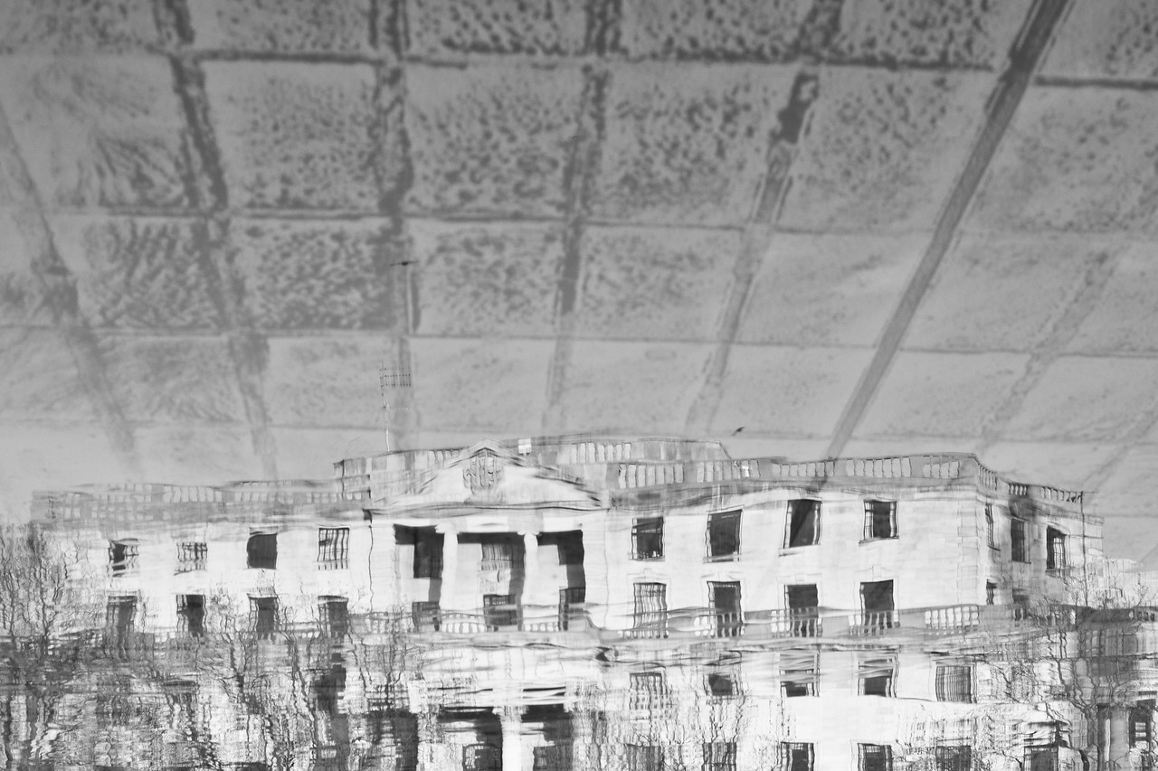 South Africa House, Reflected