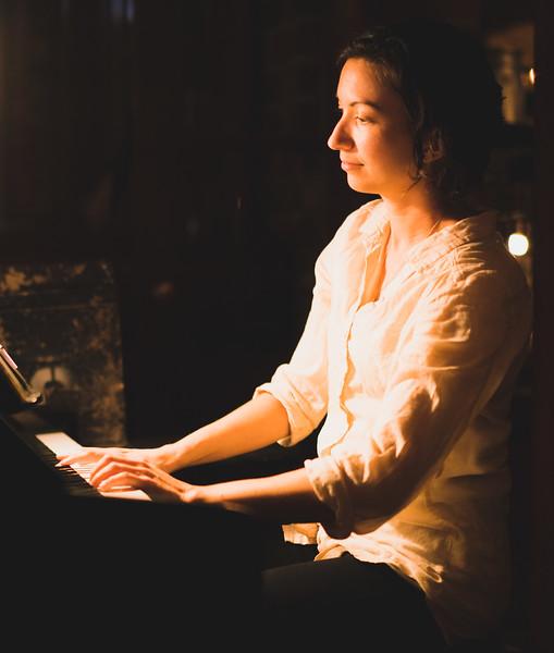 Bridget Clonts performs at Californos in Kansas City.