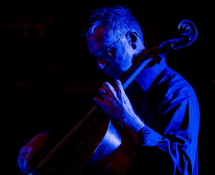 Larry Figg performs with the Kansas City Cello Quartet.