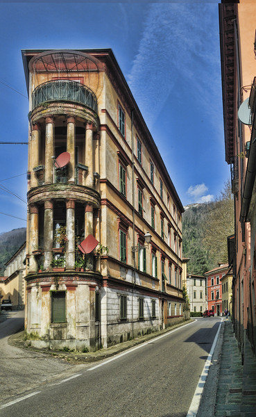Flatiron in Bagni di Lucca