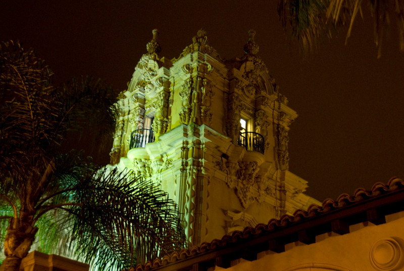 133/365<br /> Balboa Park after dark.  Liked the colors, so I didn't do a correction.