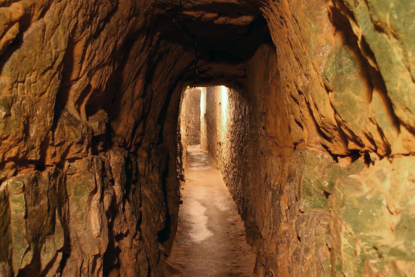 Along the tunnels of the Casemates of the Rocher du Bock