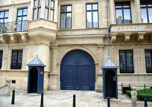 Sentry stations at the portal to the Grand Ducal Palace (residence of the Grand Duke of Luxembourg) - Luxembourg City