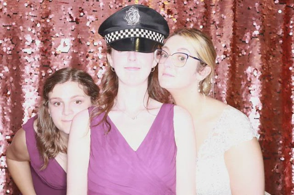 Katie-Thomas-wedding170118_091621.MP4MP4