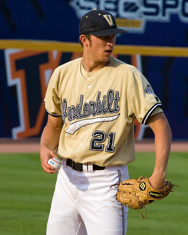 Bret Jacobson continues to throw heat for Vandy in 2008!