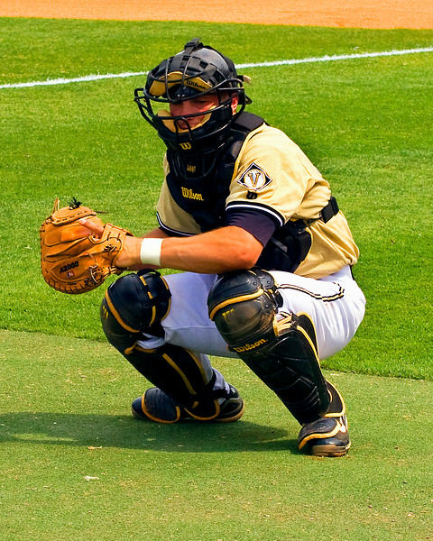 Vandy Catcher Shea Robin