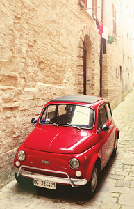Fiat in Alley