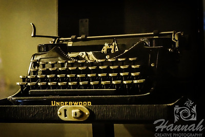 Antique typewriter   © Copyright Hannah Pastrana Prieto