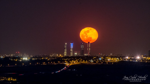 Full Bloody Moon