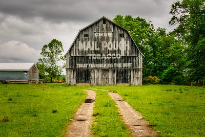 Path to the Mail Pouch Barn