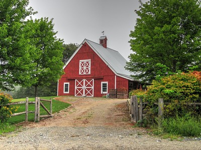 Red Barn. Mount Desert Island Me.