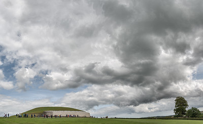 Brú na Bóinne (Newgrange) - Glebe, County Meath, Ireland - August 8, 2017