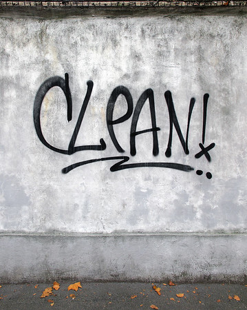 Clean! - Viale Monte Grappa, Reggio Emilia, Italy - October 14, 2010