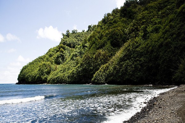 Honomanu Beach - viewing northeastern towards Kalaloa Point - Northeast island region