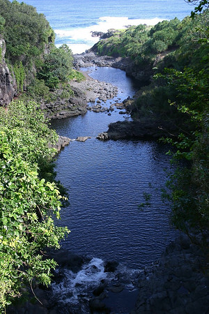 "'Ohe'o Gulch into the Pacific Ocean - along the Pipiwai Stream and the lower pools of the ""7 Sacred Pools"" - Haleakala National Park - Southeast island region"