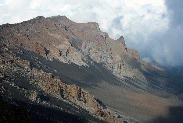 Western slope of the Haleakala Crater - up to Kilohana Peak, rising to 9,521 ft. (2,902 m) - Haleakala National Park - Upcountry region
