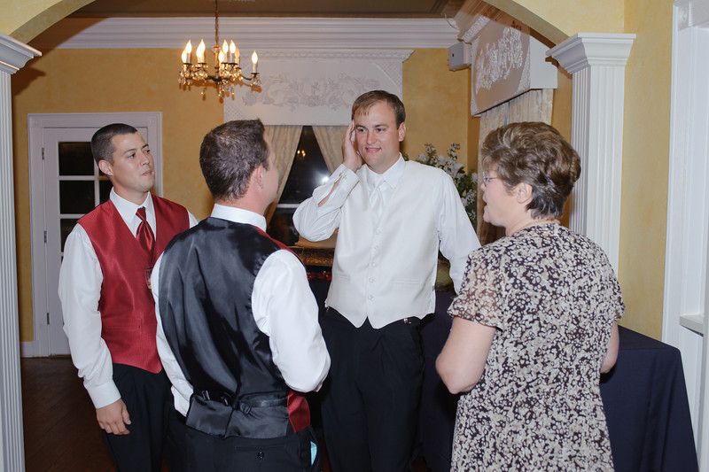 20091003_Robinson_Cole_Wedding_0954