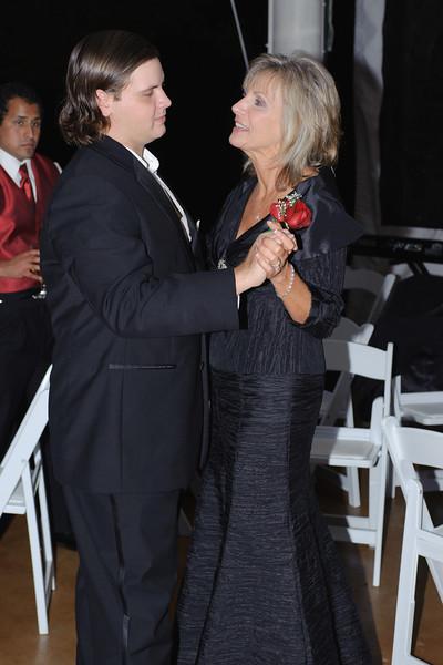 20091003_Robinson_Cole_Wedding_0882