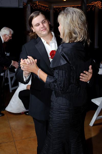 20091003_Robinson_Cole_Wedding_0877