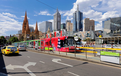 Flinders Street & Federation Square Streetscape, Melbourne