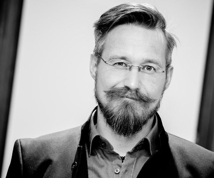 """<a href=""""https://de.wikipedia.org/wiki/Uve_Teschner"""">wikipedia: uve teschner</a>"""