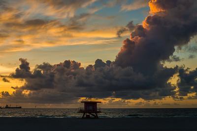 Miami Beach Lifeguard Tower Explodes