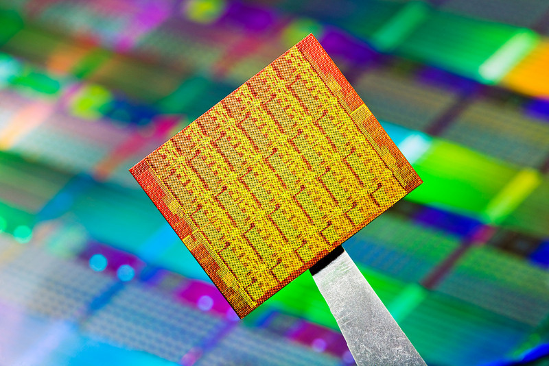 Intel Single Chip Cloud Computer