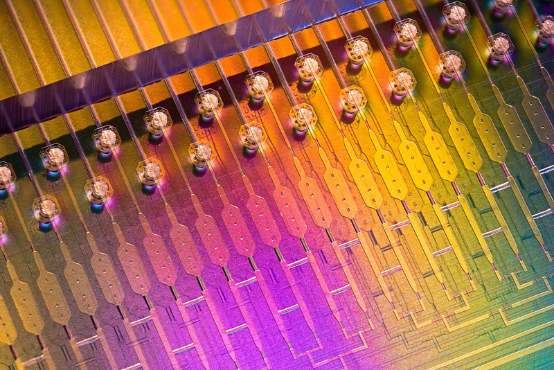 Stemcell Microfluid Lab on a Chip. (Cultures regular skin cell and turn it into stem cell for bioengineering.)