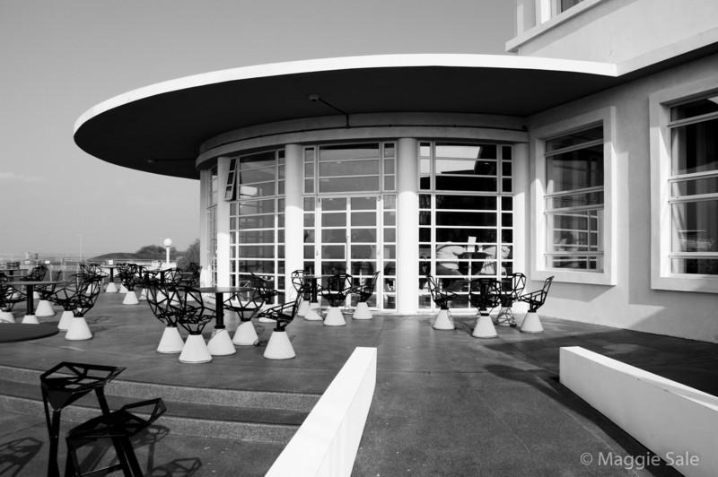 Rotunda Bar and Patio