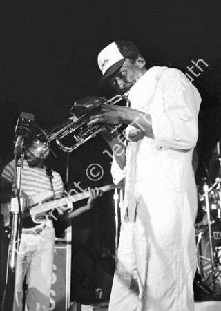 01-Miles Davis-Kixx Disco Boston-6-27-81