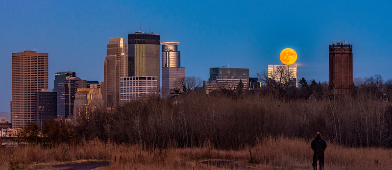 Supermoon rising over Minneapolis