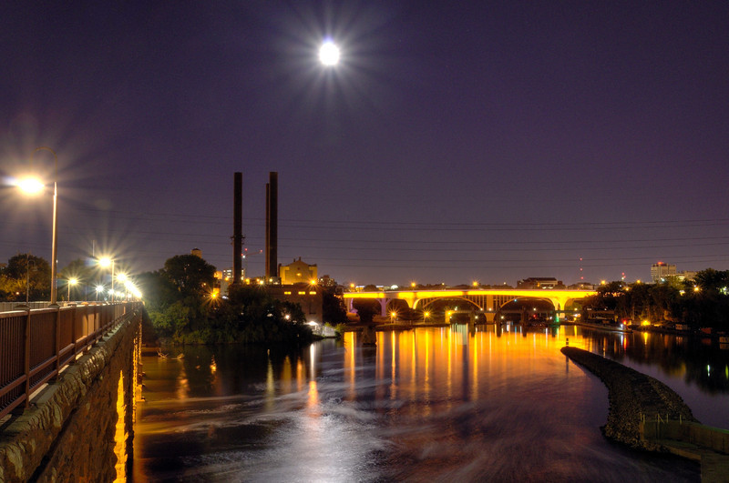 The 35W Bridge in Gold