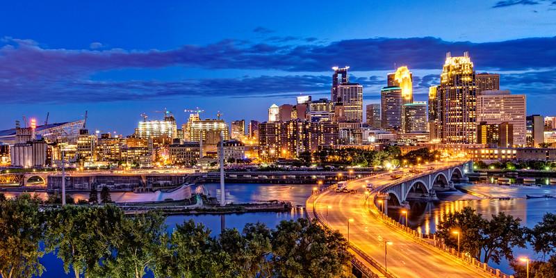 Golden Minneapolis 1x2 panoramic
