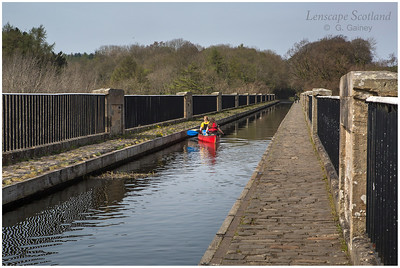 Canoeists on the Avon Aqueduct, Union Canal