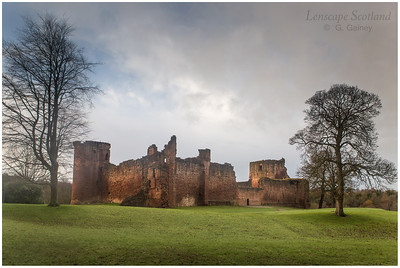 Bothwell Castle, Uddingston