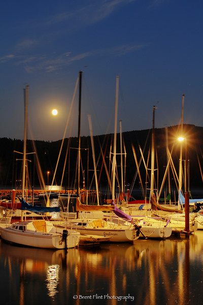DF.3049 - supermoon rising over Windbag Marina, Sandpoint, ID.