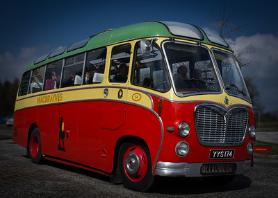 MacBraynes Bus