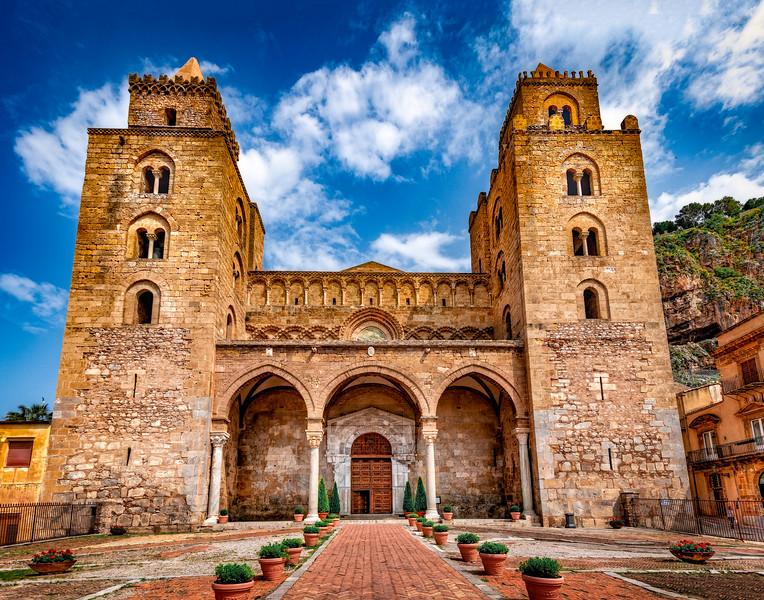 il Duomo di Cefal _  _  _  _