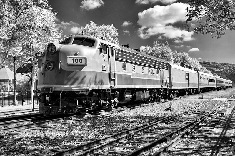 Vintage Train, Fillmore, CA